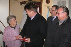 Obisk delegacije pri 90-letnici ge. Silvi Felser, dne 25. 11. 2014