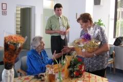 Obisk župana z ekipo pri ge. Ivani Štravs Barachini, 20. junij 2011