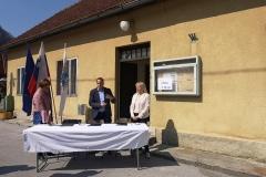 Podpis pogodbe z izvajalci del na objektu KS Jagnjenica v okviru projekta Stara šola za nove ideje, 1. 4. 2019