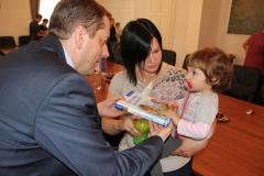 Sprejem malčkov pri županu Občine Radeče, g. Tomažu Režunu, 7. 4. 2016